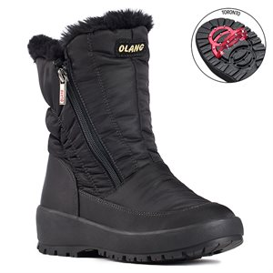Black boot with pivoting grip